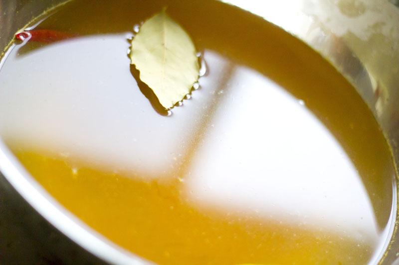 カレー味のピクルス液02