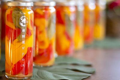 pickles-shop08